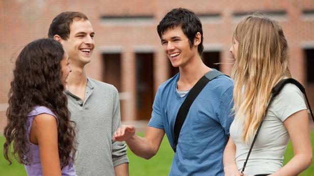 make friends in college