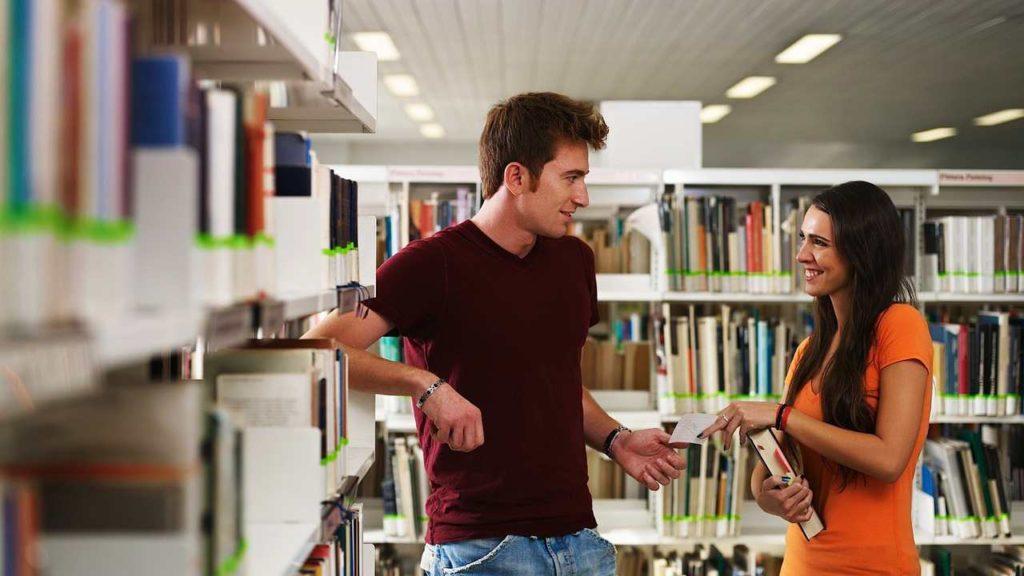 body language when flirting