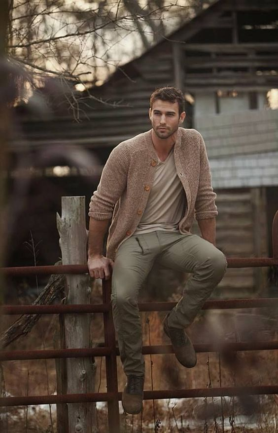 Rugged fall outfit for guys