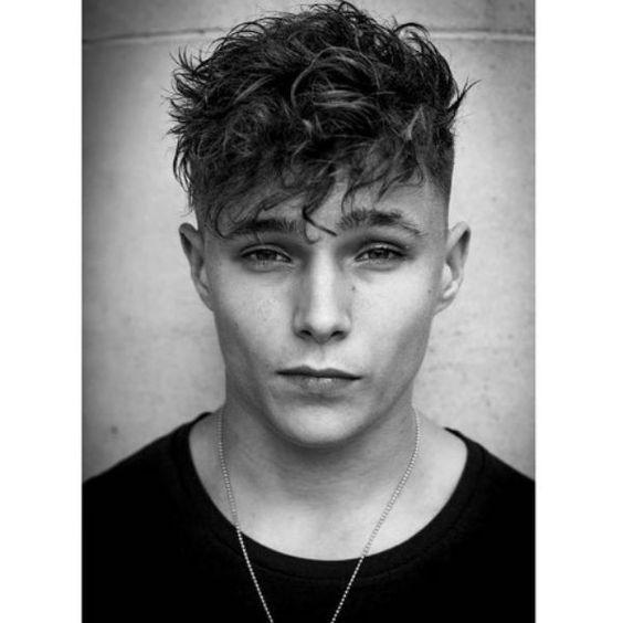 Wavy Hairstyles for Teenage Guys